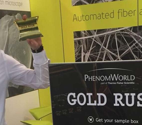 Goudkoorts op de stand – Phenom-World